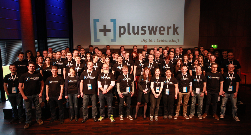 PlusCamp-Gruppenfoto-2015.png33